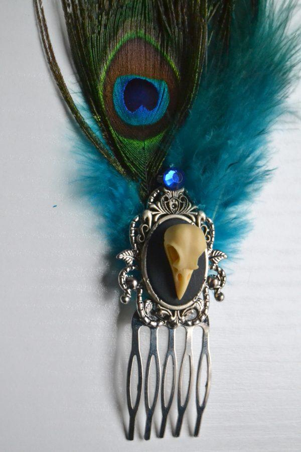 blue comb detail