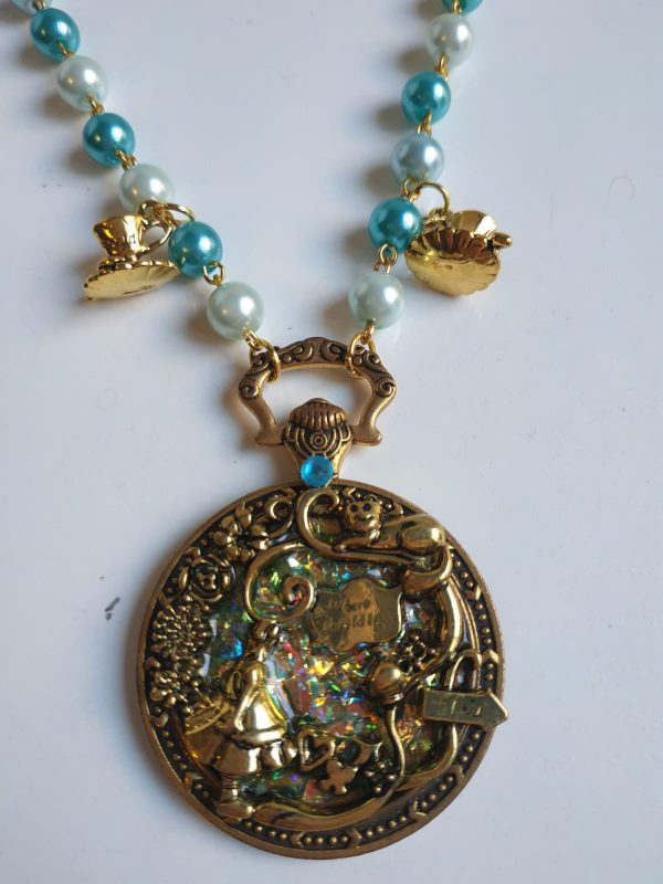 alice turquoise detail