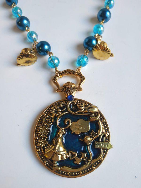 alice blue detail