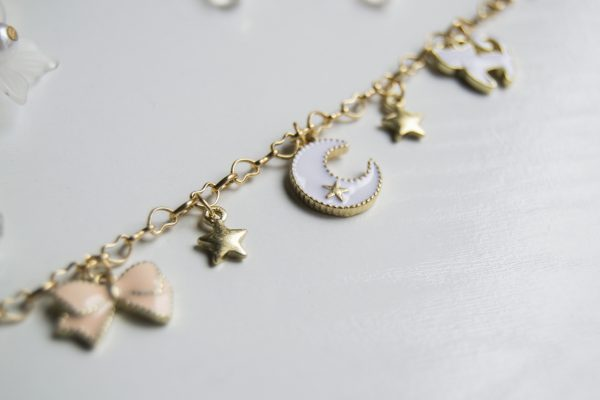 bracelet W detail
