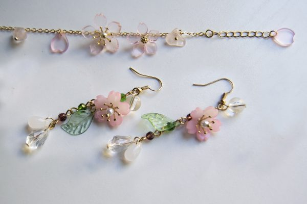 Sakura Earrring bracelet