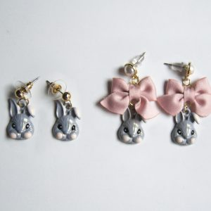 Grey rabbit earring