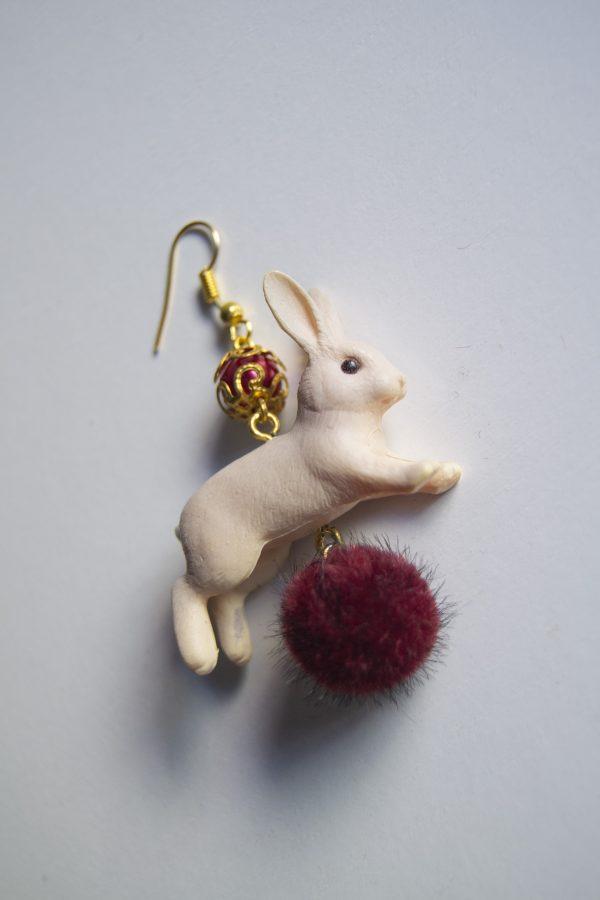 Rabbit red side