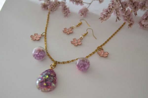 set pink flowers