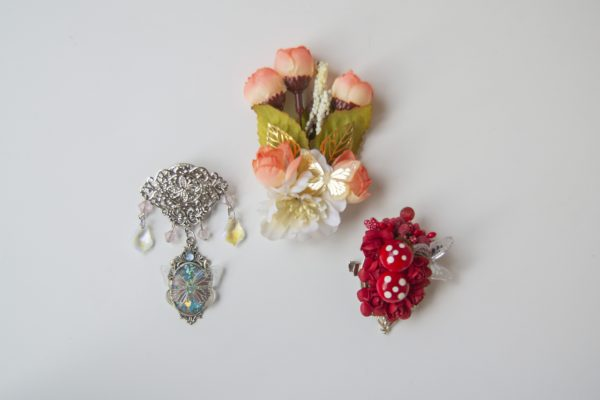 nature brooches