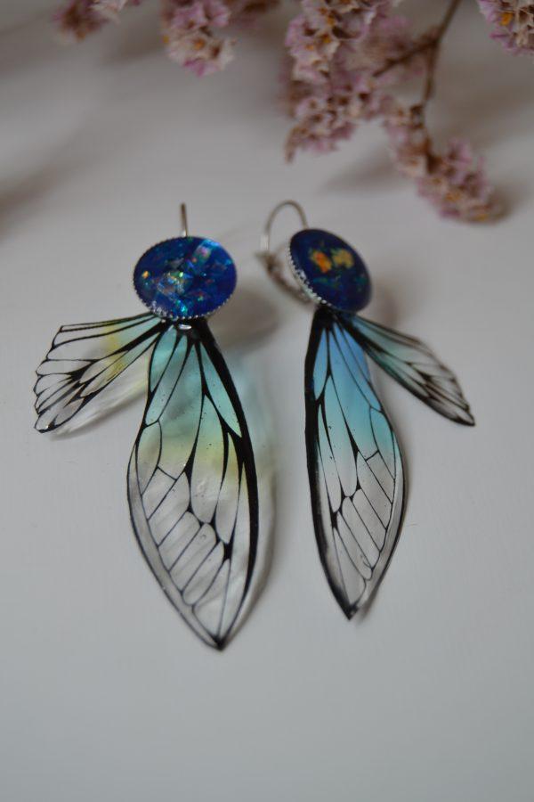 Dragon-fly blue
